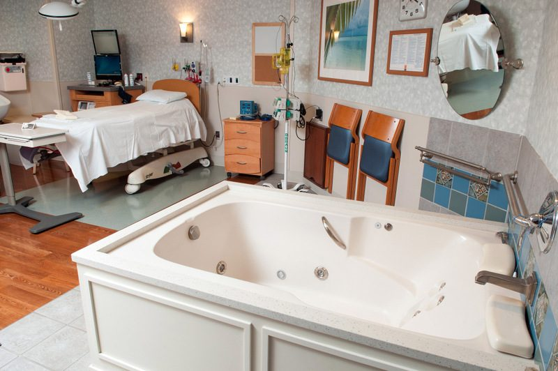 Waterbirth Tub at Morristown Medical Center