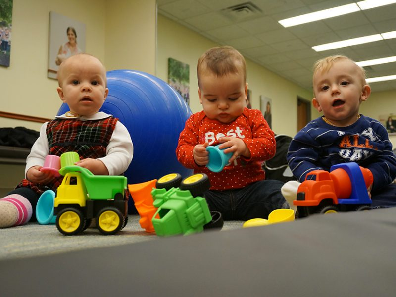 children-at-playgroup-at-midwives-of-new-jersey